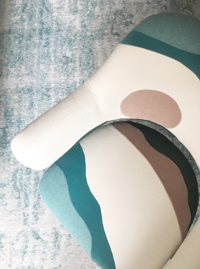 Fauteuil réalisé sur-mesure par Sonia Laudet, artisan français, tapissier designer à Bayonne