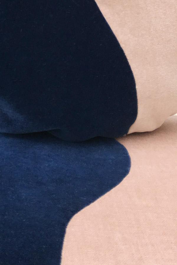 Chaise et coussin Bipolaire by Sonia Laudet, Tapissier Designer