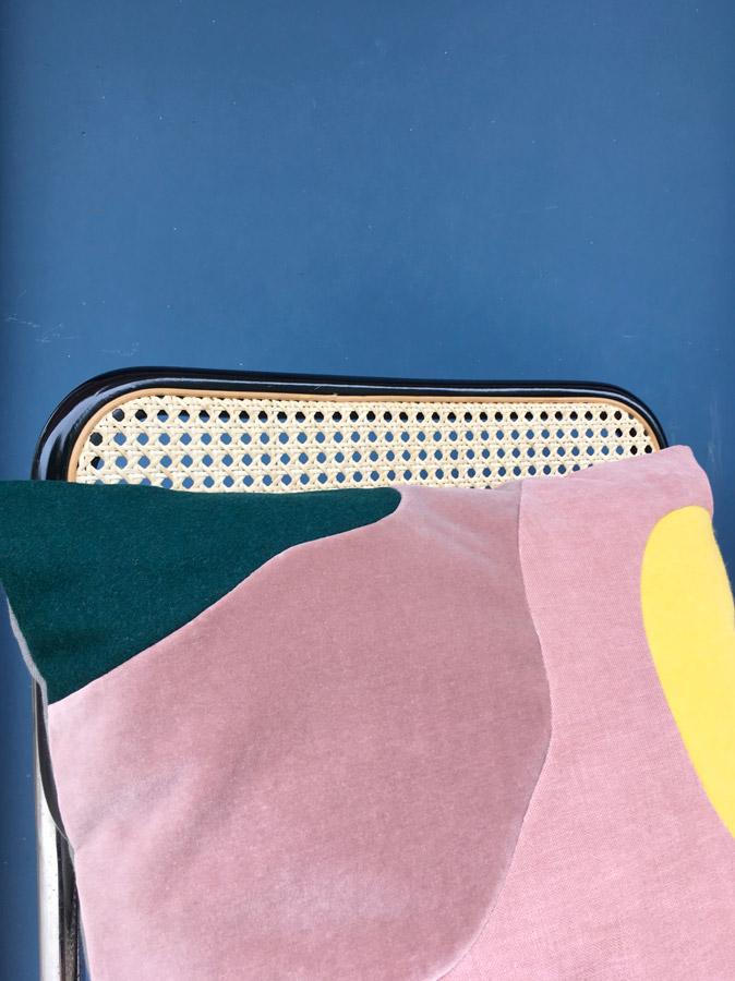 Coussin Full Moon by Sonia Laudet, Tapissier Designer