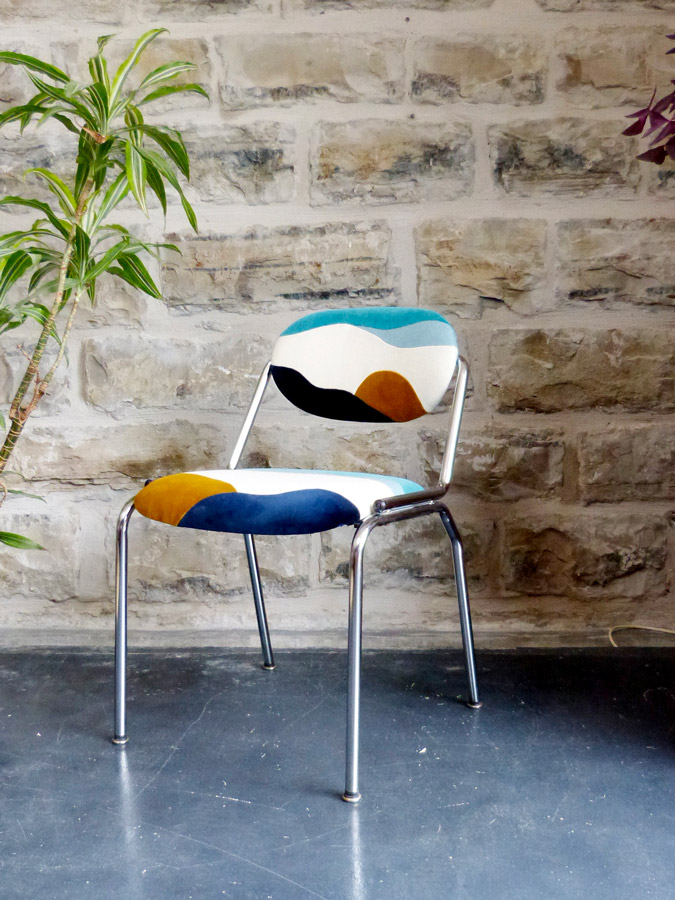 Fauteuil Banquise par Sonia Laudet, artiste textile mobilier à Bayonne, France